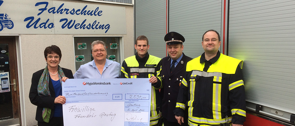 Permalink zu:Führerscheinausbildung an Feuerwehr gespendet